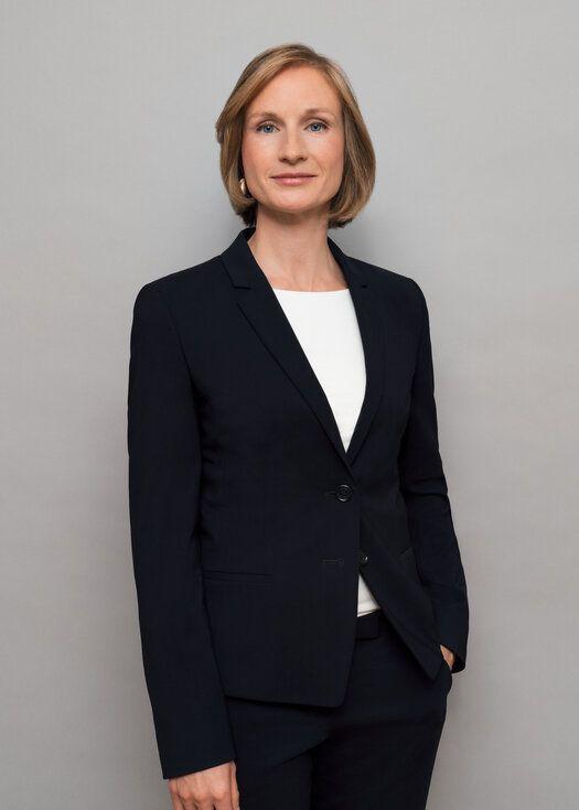 Dr. Sarah Stratmann
