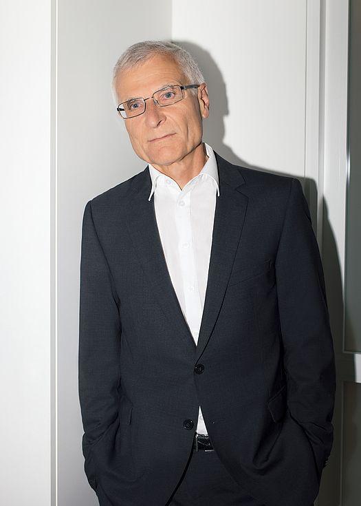 Dr. Jakob Sigg