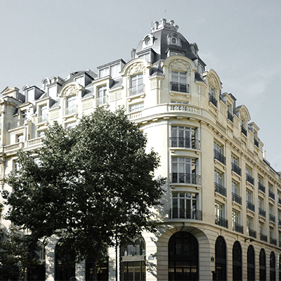 BARDEHLE-PAGENBERG_Office_Paris_square.jpg