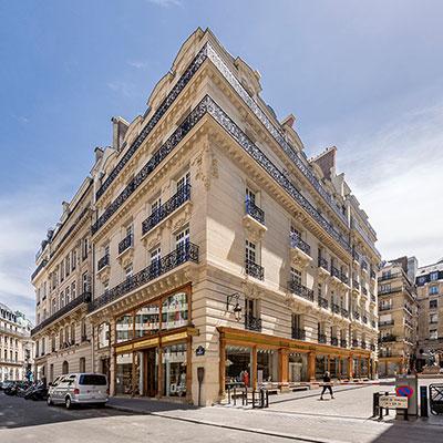 BARDEHLE-PAGENBERG_Paris_Square-Opera_outside2.jpg